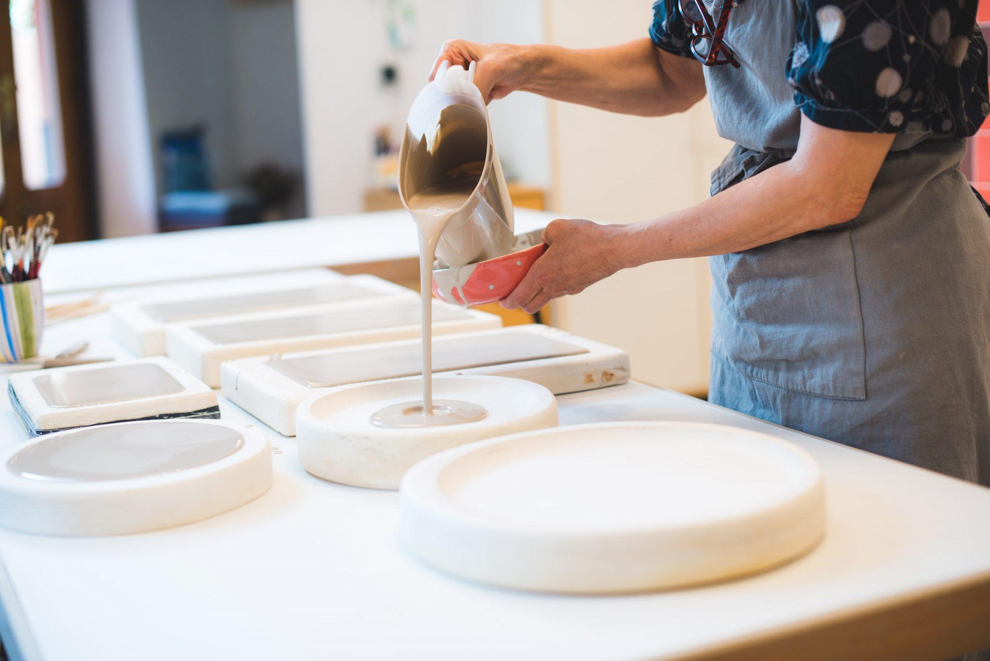 En el curso de cerámica en Madrid de Resu Labrador aprenderás diversas técnicas pra hacer tus propias piezas
